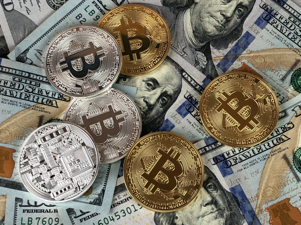 Bitcoin does not give up and makes another attempt to return