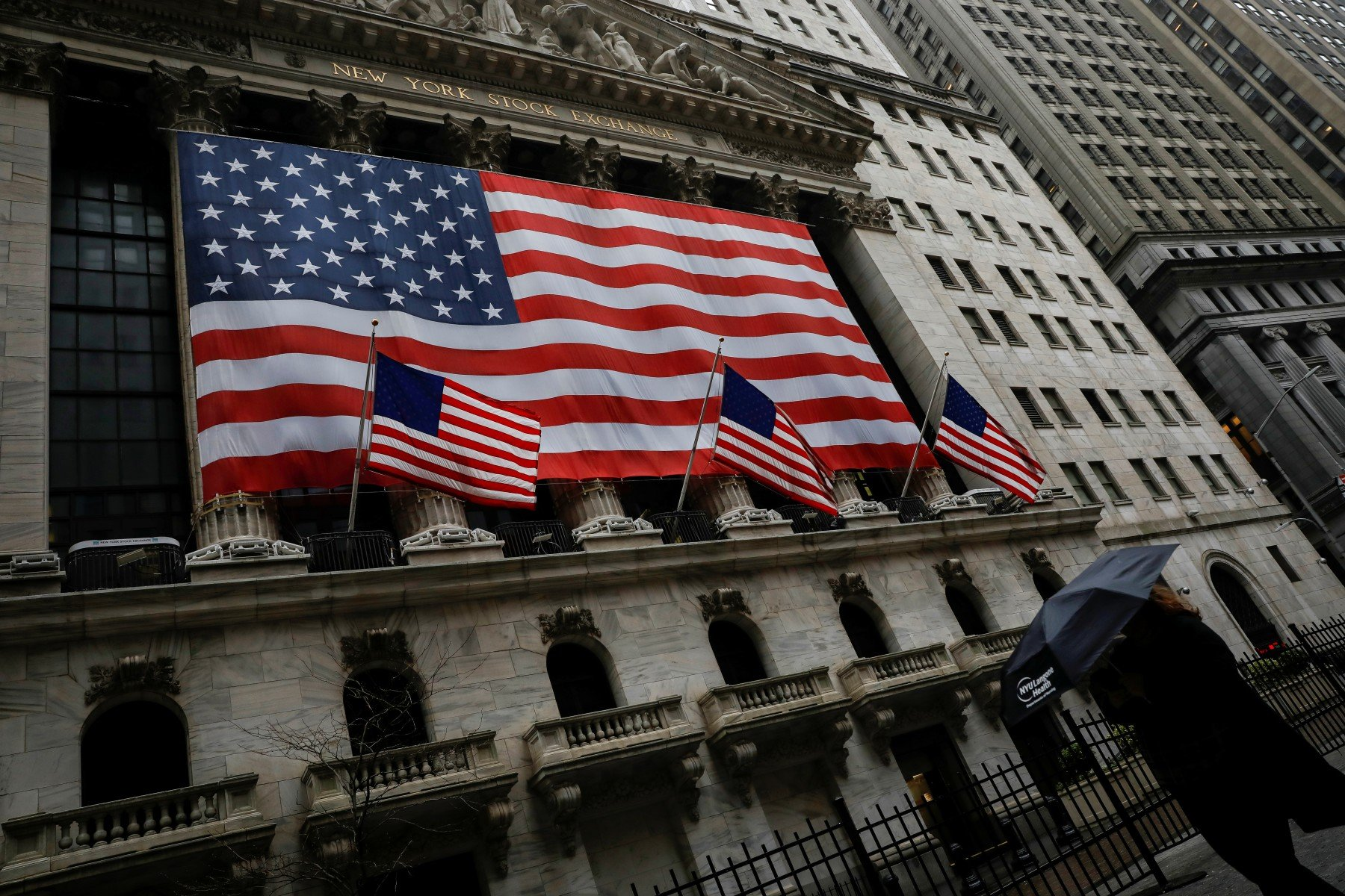 The US economy is in a storm