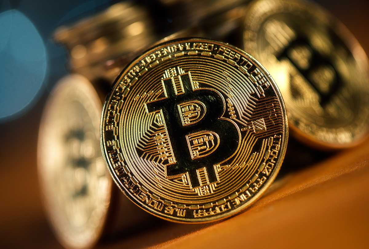 pattern that indicates when is the best time to buy or sell bitcoins