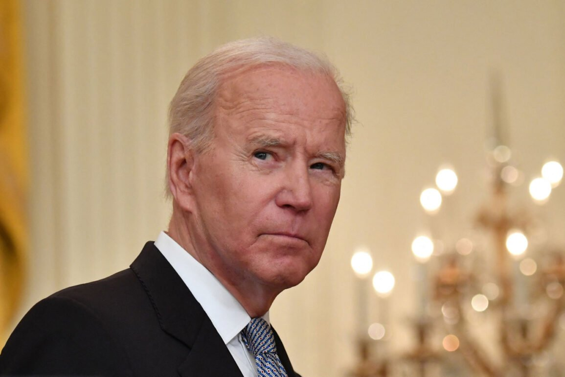 Kabul forces Biden to interrupt his vacation and address the nation